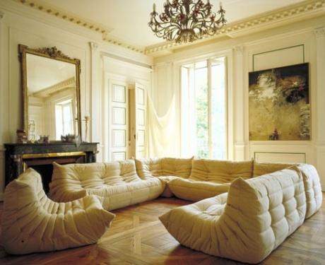 ligne roset a chair a day. Black Bedroom Furniture Sets. Home Design Ideas